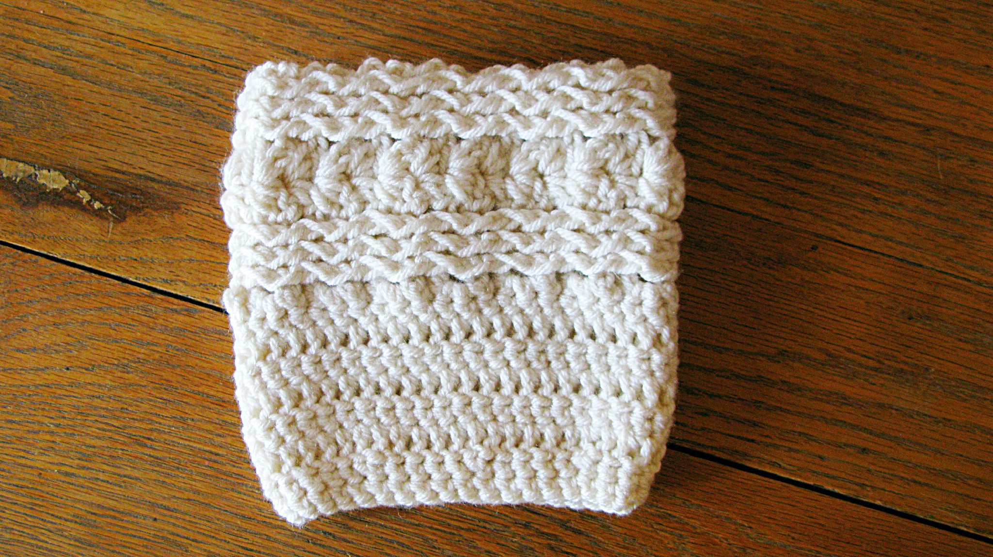 Free Waves And Seashells Boot Cuff Pattern Elk Studio