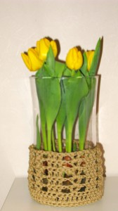 Jute Flower Pot Holder with Tulips