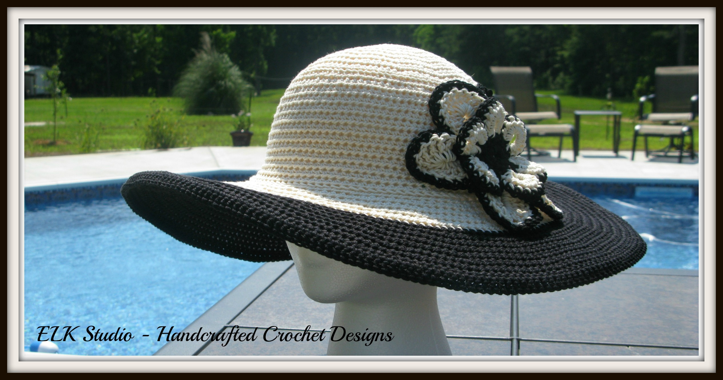 21b551f3911 (The flower display is from Teresa the Crochet Geek). I just made my flower  larger. The brim is about 1 2 to 1 inch larger than Southern and Sassy  which I ...