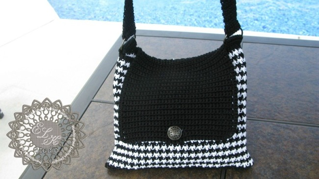 Free Crochet Pattern Houndstooth Hat : hounds-tooth-1-with-logo1.jpg?w=650