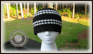 Free Houndstooth hat beanie pattern by ELK Studio
